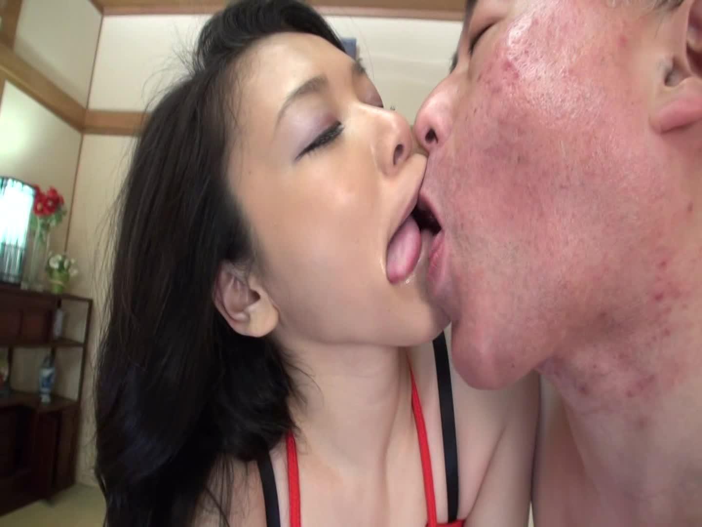 緊縛された巨乳熟女。バイブや電マ、肉棒で熟れたマンコをかき回される中出し不倫セックスに連続昇天。